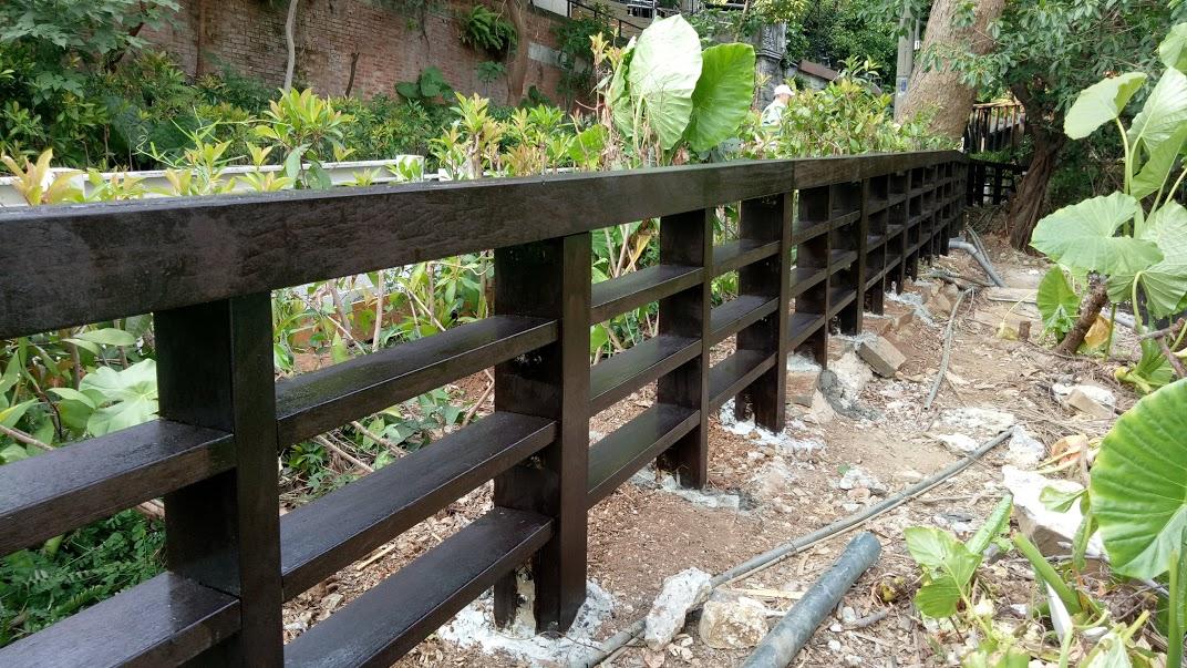 地熱谷大門欄杆更新工程